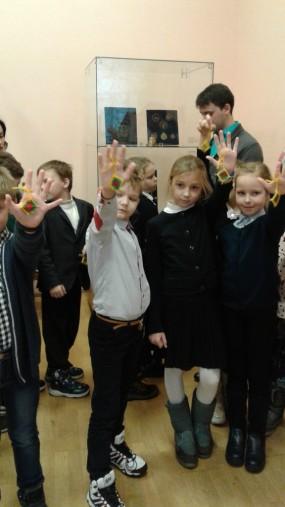 7 декабря учащиеся 3 «У» класса с классным руководителем  Милоста К. Б.  совершили экскурсионную поездку в музей истории религии.