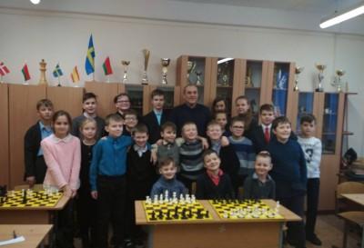 8-10 января 2019 года в гимназии прошли мастер-классы международного мастера по шахматам, тренера FIDE Владимира Полея