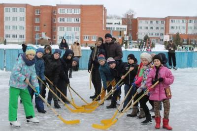 12 января года, в шестой школьный день, в гимназии   прошли спортивно-развлекательные мероприятия «Снежные забавы»