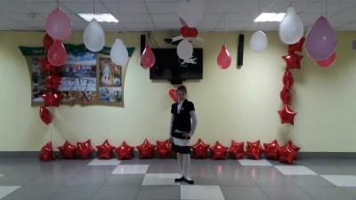 По доброй традиции в нашей гимназии прошли праздничные перемены, которые подготовили учителя кафедры эстетического образования: Жук И.П., Лобач И.М., Сорокина С.Г.