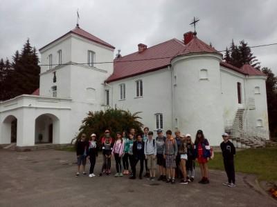 4-й день лагеря «Юный краевед» посвящён изучению Вороновского района, а именно усадеб деревнях Больтиники и Гайцюнюшки в рамках 75-летия образования Гродненской области.